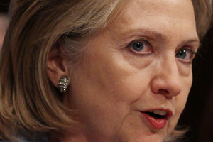 Hillary Clinton pide a Senado ratificar nuevo pacto de desarme nuclear con Rusia