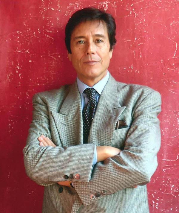A los 68 años muere astro de la canción hispana Manolo Otero