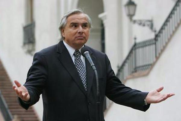 Gobierno valora disculpas de la Concertación por no asistir a cita en La Moneda