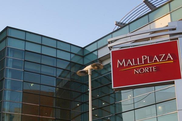 Centros comerciales se oponen a proyecto de feriado