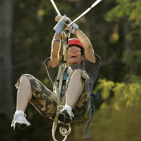 Accidente en canopy en fin de semana largo dej� a turista lesionado