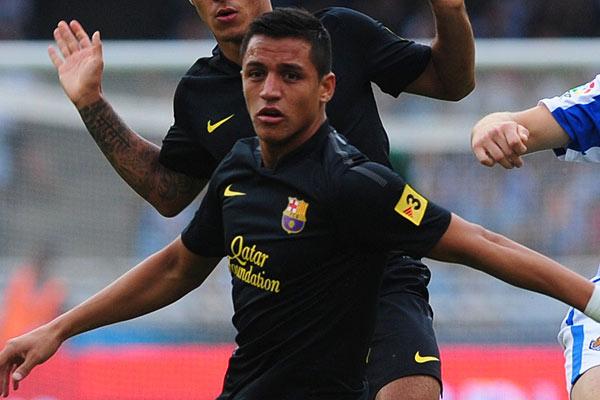 Sánchez volvió a las canchas en goleada del Barcelona por la Champions