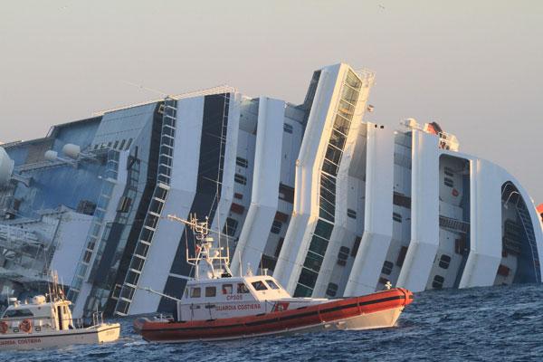 http://img.emol.com/2012/01/14/chilenos-naufragio-italia_11130.jpg