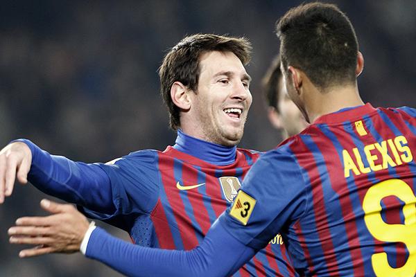 Prensa destaca al Sánchez que jugó su mejor duelo en Barcelona