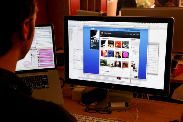 U. de Chile confirma que proveedores de Internet entregan solo un 25% de la velocidad contratada