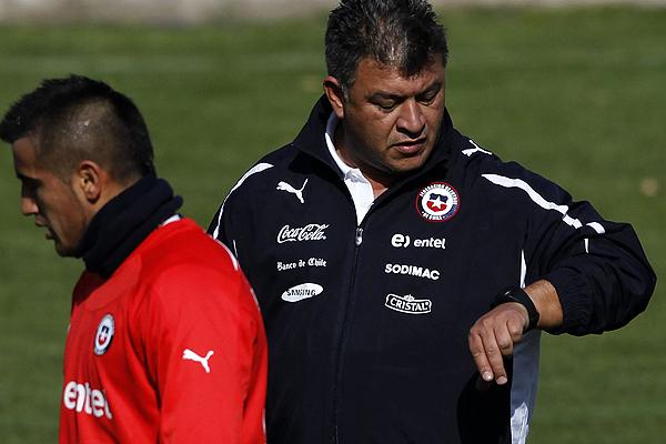 Borghi a Vidal: 'No puede darse el lujo de da�ar al equipo y a �l'