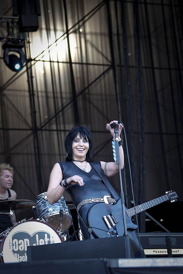 Joan Jett y TV On The Radio armaron una tarde de contrastes rockeros