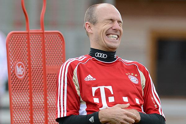 Arjen Robben extendi� su v�nculo con el Bayern Munich hasta el 2015