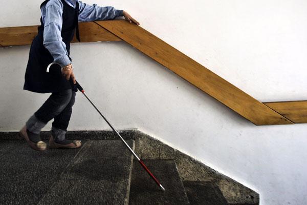Cient�ficos desarrollan lentes con mapas braille tridimensionales para ayudar a personas ciegas