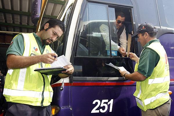 Direcci�n del Trabajo cursa multa por m�s de $174 millones a buses interurbanos por 1� de mayo