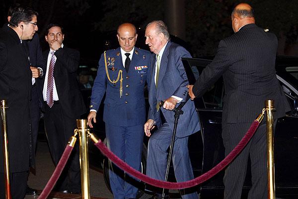 Rey Juan Carlos llega a Chile en visita con marcado acento económico