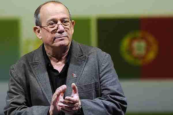 Silvio Rodr�guez advierte que la pobreza en Cuba podr�a aumentar a�n m�s