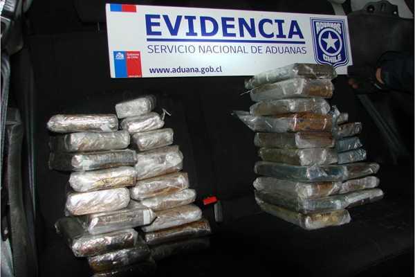 Perro detector permiti� decomisar 35 kilos de marihuana en Los Libertadores