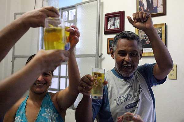 Cuba elimina norma que impedía salir de la isla sin permiso del Gobierno