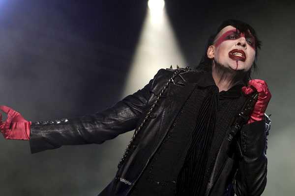 Los extravagantes requerimientos de Marilyn Manson para venir a Chile