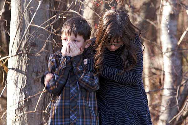 Escenas de terror y actos de valent�a jalonaron masacre escolar en EE.UU.