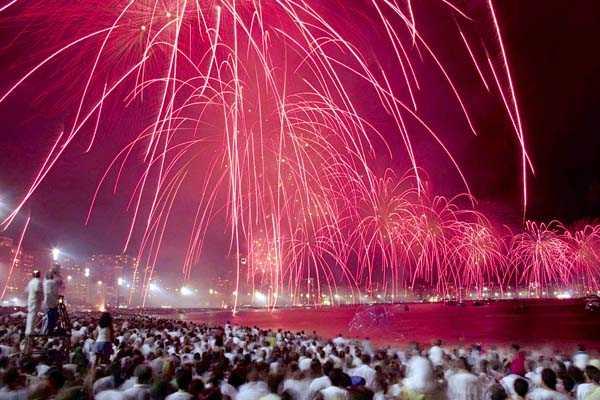 R�o de Janeiro espera m�s de 3 millones de turistas durante el verano 2013