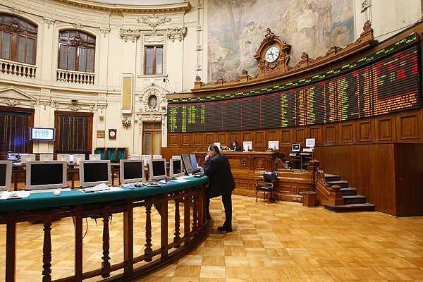 Bolsa de Santiago cierra estable en sesi�n corta por fiesta de Navidad
