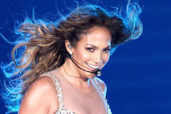 Desestiman millonaria demanda presentada por Jennifer Lopez en contra de su ex chofer