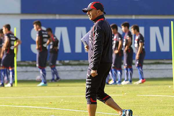 Sampaoli orden� concentraci�n absoluta en la 'Roja' hasta el domingo