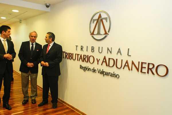 Hacienda anuncia puesta en marcha de Tribunales Tributarios Aduaneros en tres regiones