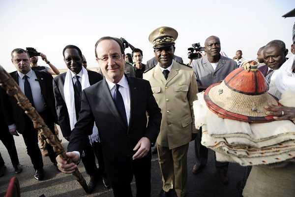 Hollande visit� tropas francesas en Mali