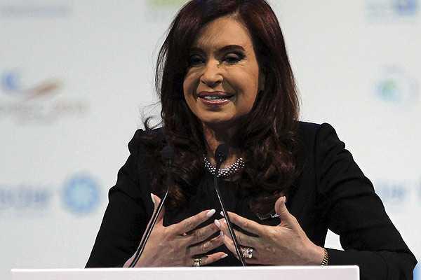 Gobierno de Kirchner pide reuni�n extraordinaria de FMI para examinar pol�tica hacia Argentina