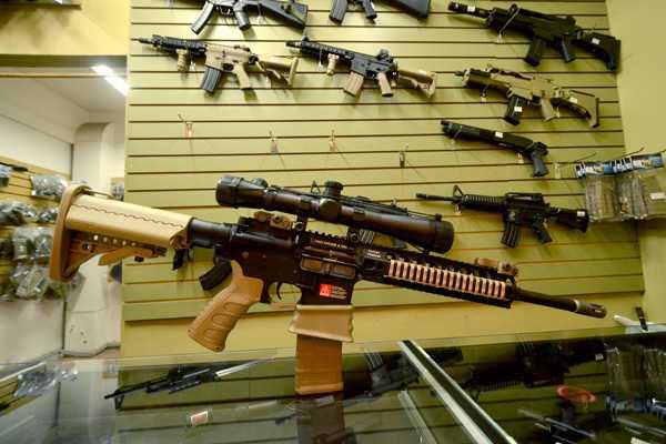 Ventas de los principales fabricantes de armas disminuyeron en un 5% durante 2011