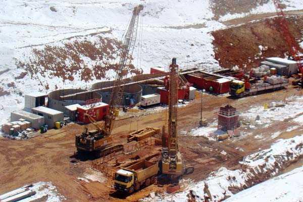 Multan a Barrick por m�s de $100 millones por incumplimientos ambientales en Pascua Lama