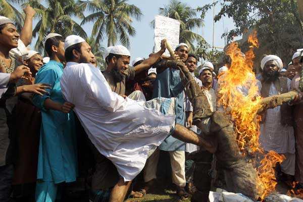 Bangladesh: Enfrentamientos entre islamitas y la polic�a deja un saldo de tres muertos