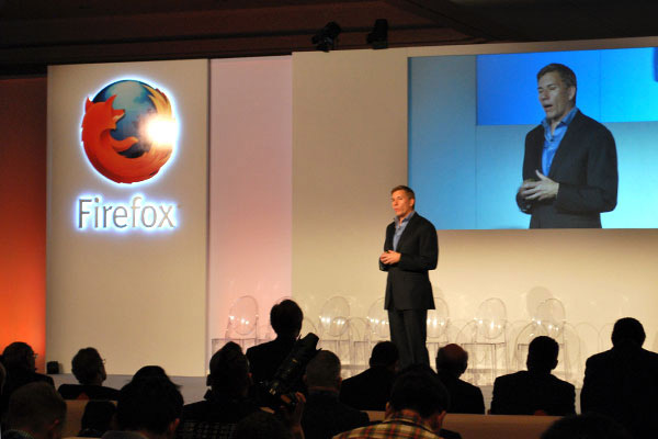 El CEO de Mozilla Gary Kovacs, durante la presentacin de Firefox OS.