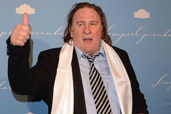 G�rard  Depardieu anuncia planes de pel�cula sobre Grozni durante visita a Chechenia