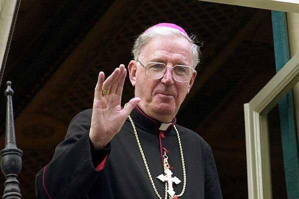 Cardenal brit�nico afirma que nuevo Papa tendr� que 'reformar'  la Iglesia Cat�lica