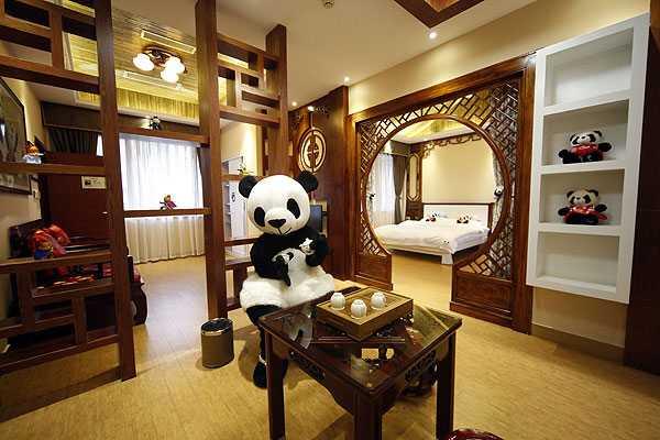China sorprende con exc�ntrico hotel tem�tico del oso panda