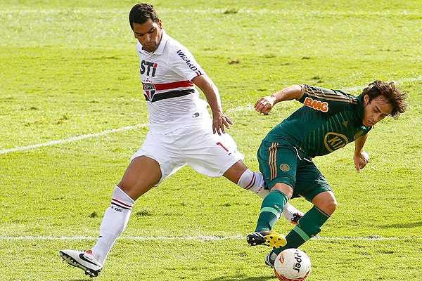 DT de Valdivia en Palmeiras reconoci� alza de juego tras ser nominado a la 'Roja'