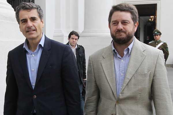 Candidatos presidenciales de la oposici�n critican propuesta de Golborne sobre soberan�a