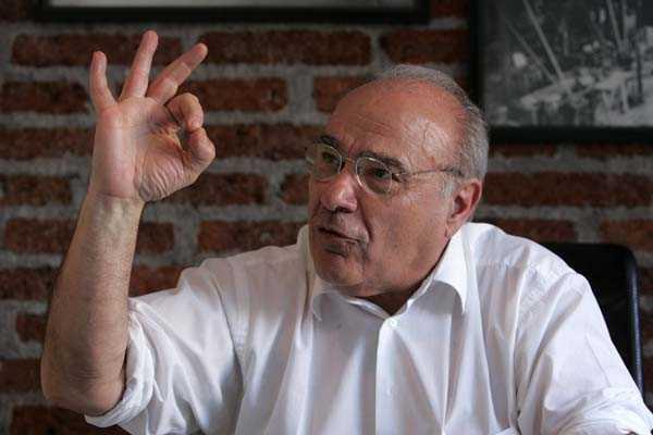 Presidente de Asexma critica a la autoridad econ�mica por no detener la ca�da del d�lar