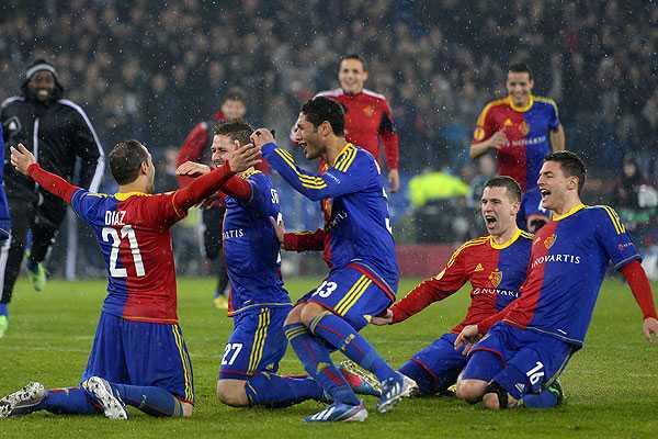 Marcelo D�az y el Basilea enfrentar�n al Chelsea en semifinales de la Europa League