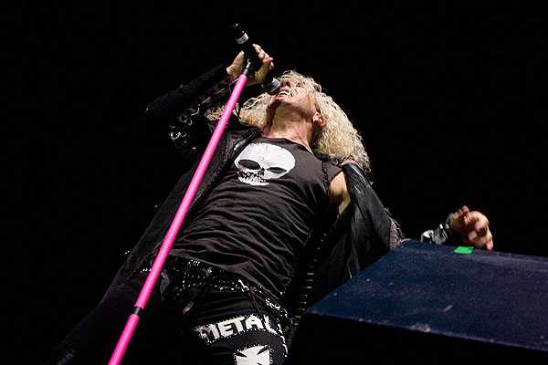 Twisted Sister hizo saltar a un Movistar Arena repleto en el The Metal Fest