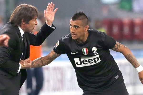DT de Juventus: 'Si queremos un equipo poderoso no podemos dejar partir a Vidal'