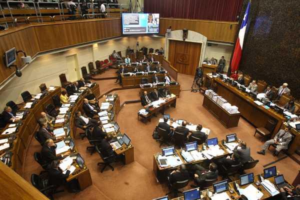 Actualizaci�n: Suspenden sesi�n tras exponer 15 parlamentarios