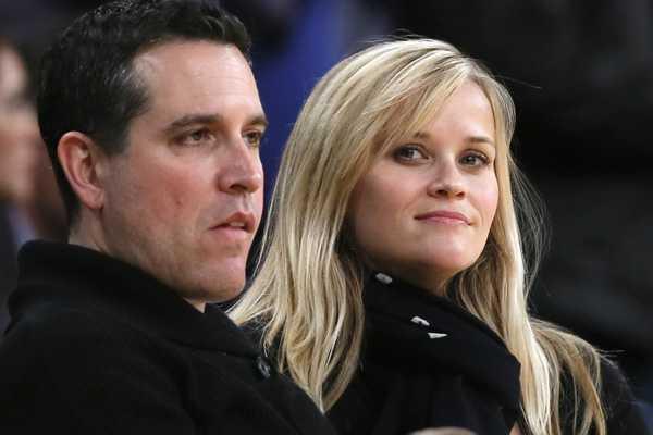 La actriz Reese Witherspoon y su esposo son detenidos en Atlanta