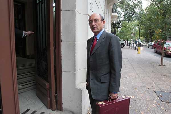 Servel sale a aclarar dudas sobre ley electoral tras contradicci�n de Cheyre