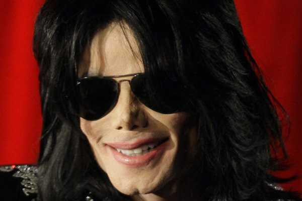 Estilista de Michael Jackson asegura que debilidad del m�sico era ocultada por su entorno