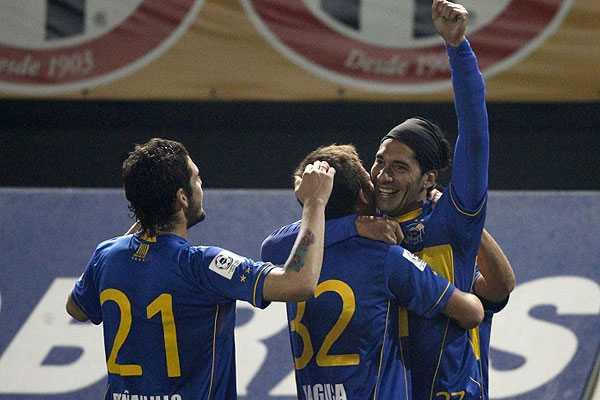 Everton aprovech� dos minutos de inspiraci�n y sell� un triunfo sobre Audax