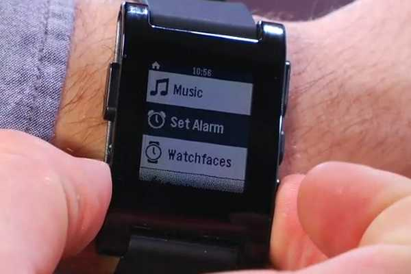Probamos el reloj Pebble, el producto m&#225;s exitoso en la historia de Kickstarter 