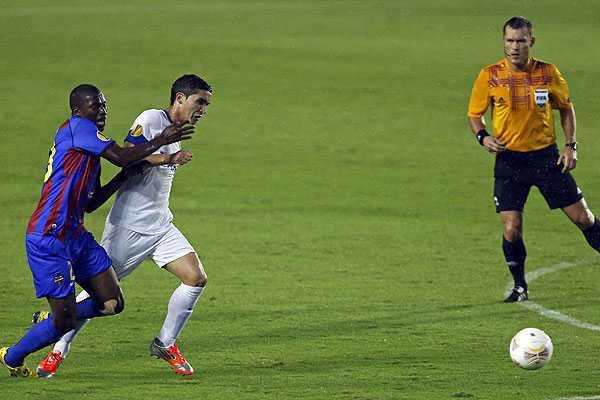 Felipe Guti�rrez y Twente ganan, pero no les alcanza y se quedan sin Europa League