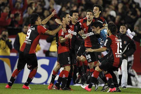 Libertadores: Newell's elimin� a Boca en serie de penales espectacular