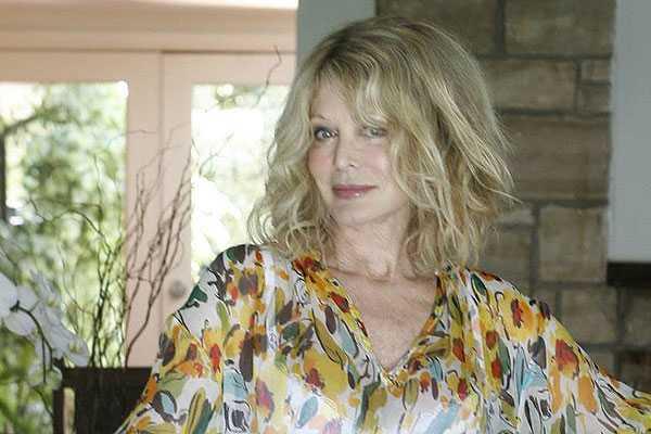 Olivia Newton-John vive duros momentos: Su hermana muri� de c�ncer