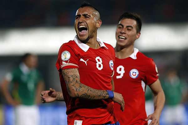 Vargas, S�nchez y Vidal dejan a la 'Roja' m�s cerca de Brasil